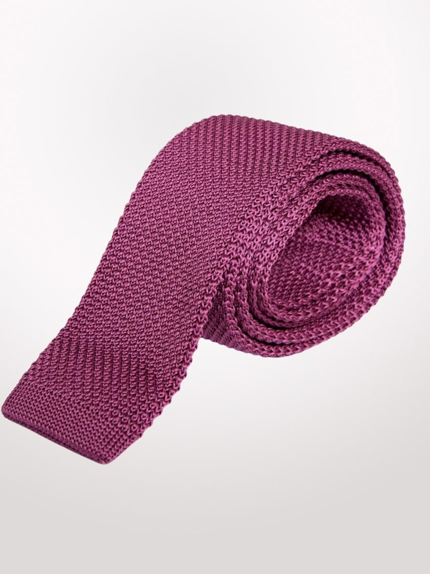 Berry Knitted  Tie